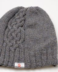 beanie_grey_elongated_oblique_2