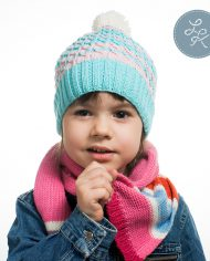 Комплект из детской и взрослой вязаных шапок «Воздушный нежный зефир»