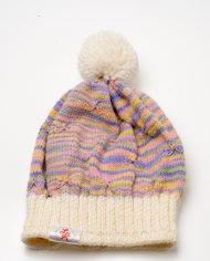 warm_woolen_cap_with_butterfly_pattern_2